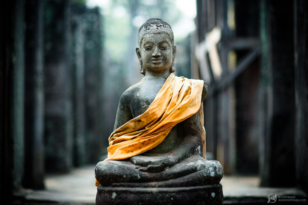 Statue de Bouddha au temple d'Angkor Thom