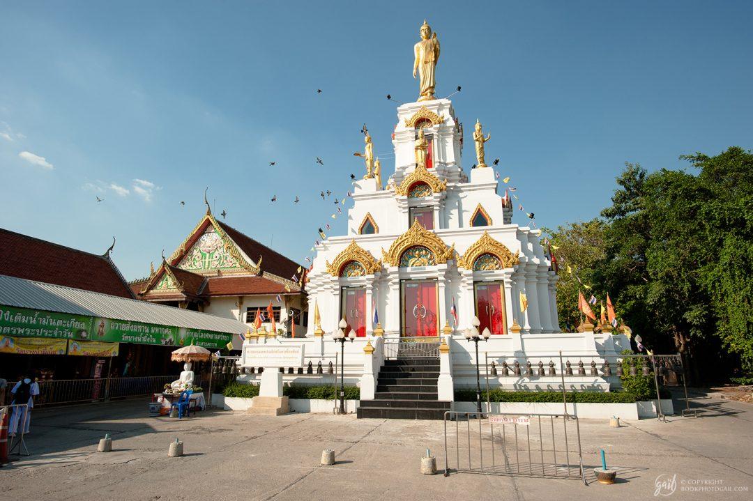 Temple de Wat Bang Nam Phueng Nai, dans le quartier de Bang Krachao à Bangkok