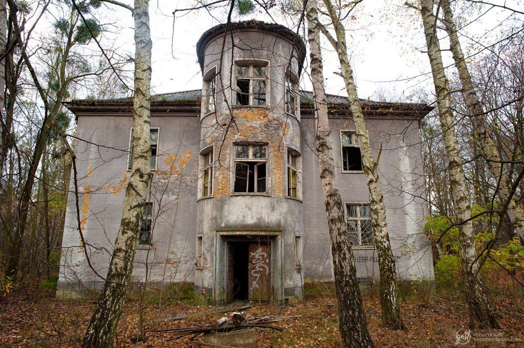 La caserne militaire soviétique abandonnée de Krampnitz, Berlin