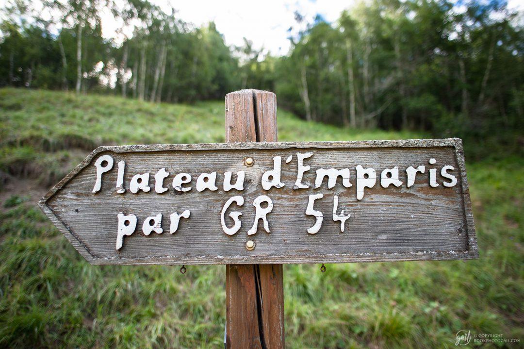 Direction le plateau d'Emparis sur le chemin de randonnée GR54
