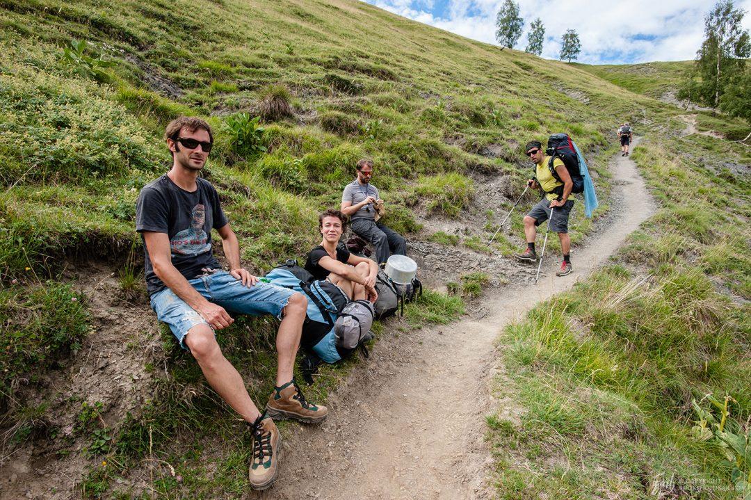 Notre groupe de randonnée sur la montée du plateau d'Emparis
