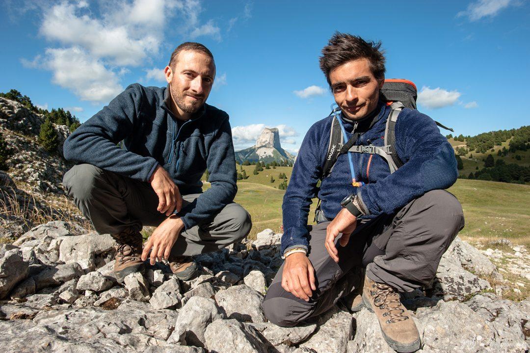 Randonneurs dans le Vercors - Le Mont Aiguille